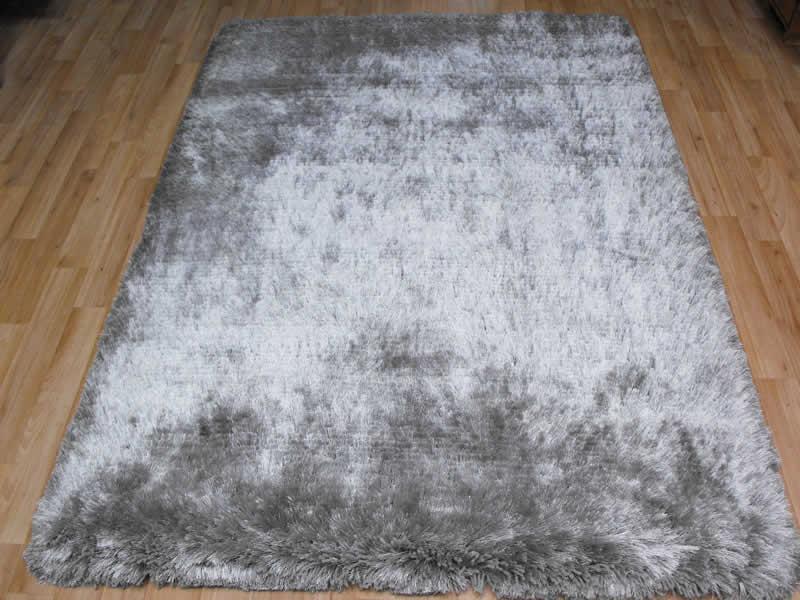 Plush Silver Shaggy Rug Plush Silver Shaggy Rug 163 117