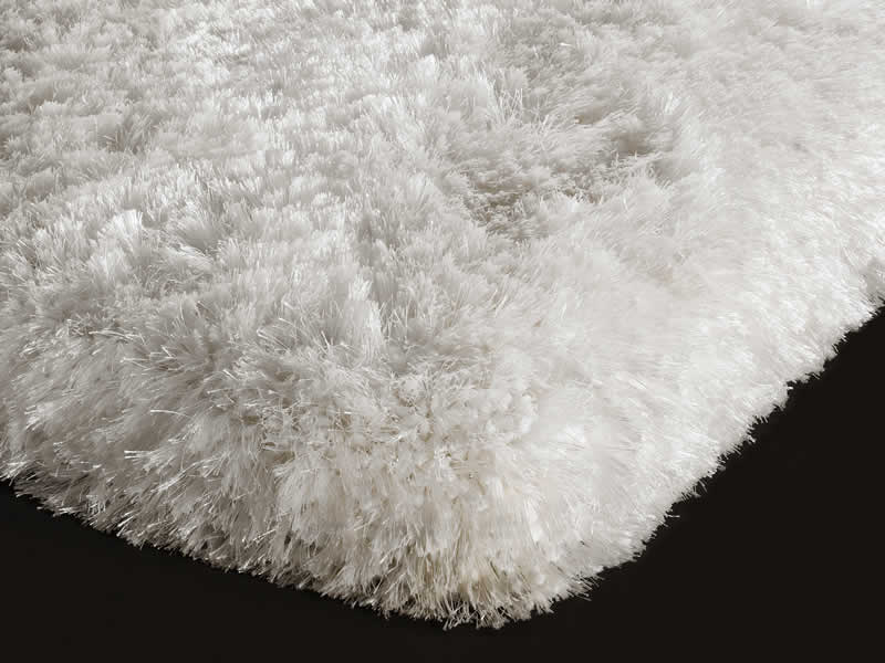 Plush White Shaggy Rug