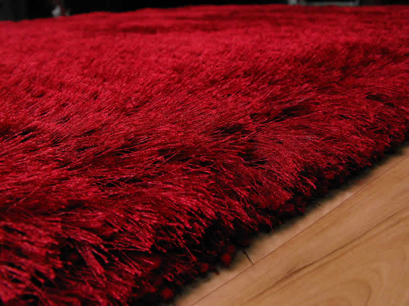Plush Red Shaggy Rug Plush Red Shaggy Rug 163 117 00