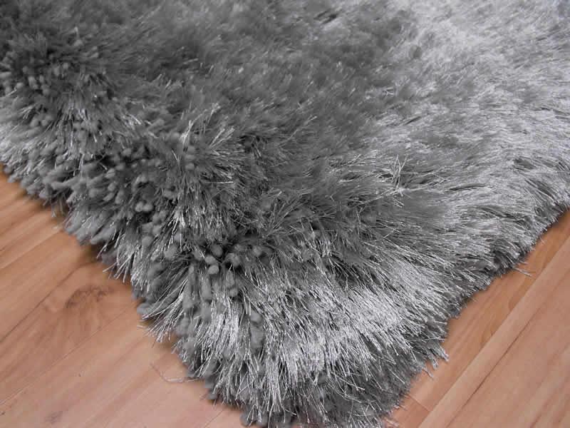 Plush Silver Shaggy Rug Plush Silver Shaggy Rug 117 00 Rugs